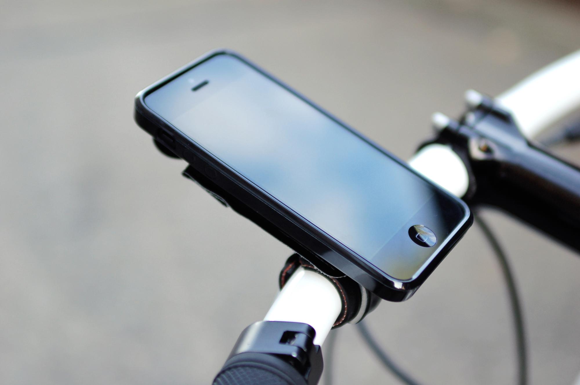 FAHRER SPITZEL – Smarte Halterung für dein Telefon