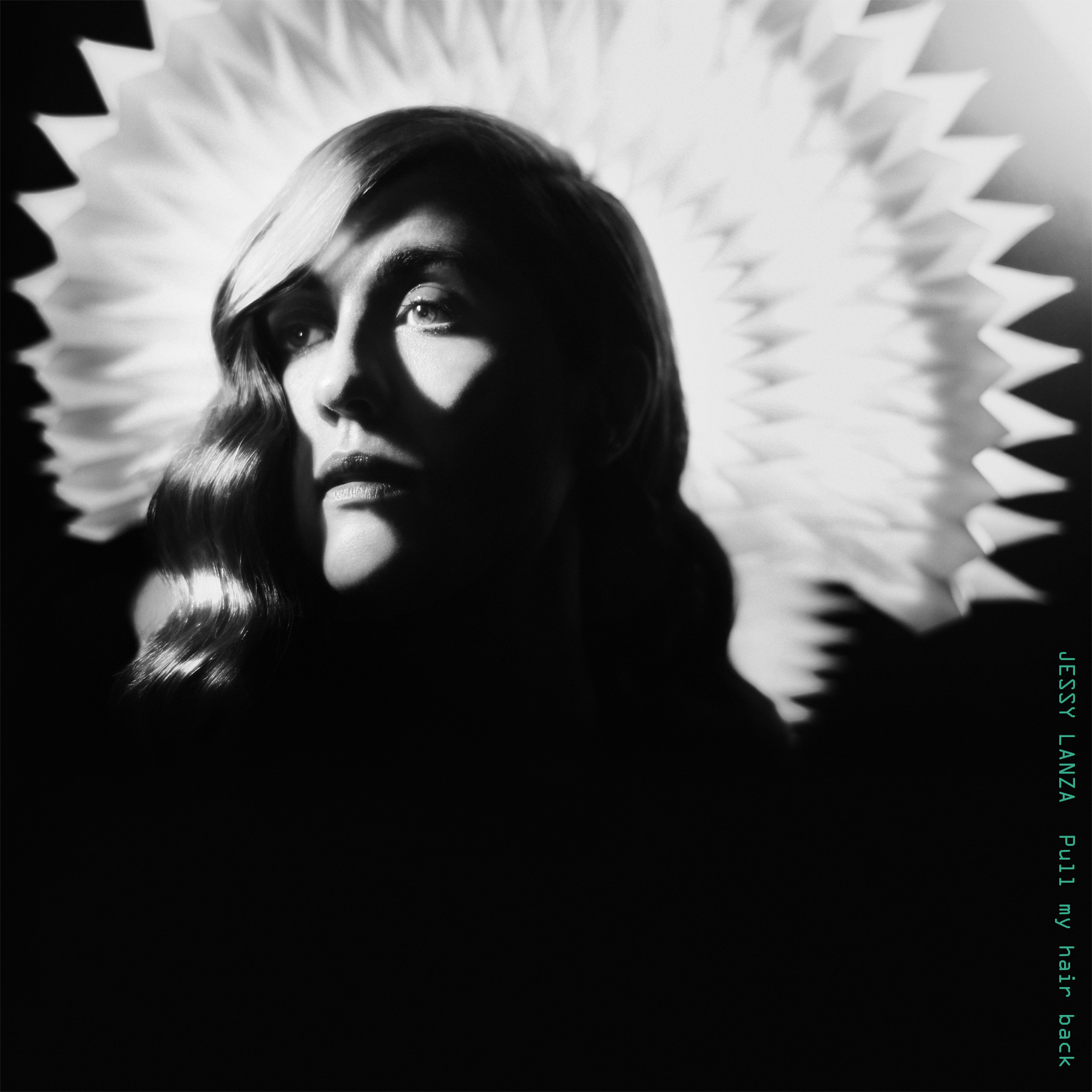 Jessy Lanza – Pull My Hair Back (Hyperdub)