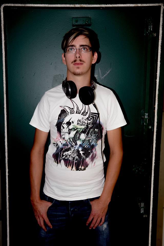 Focus On… Techno – DJ Wa