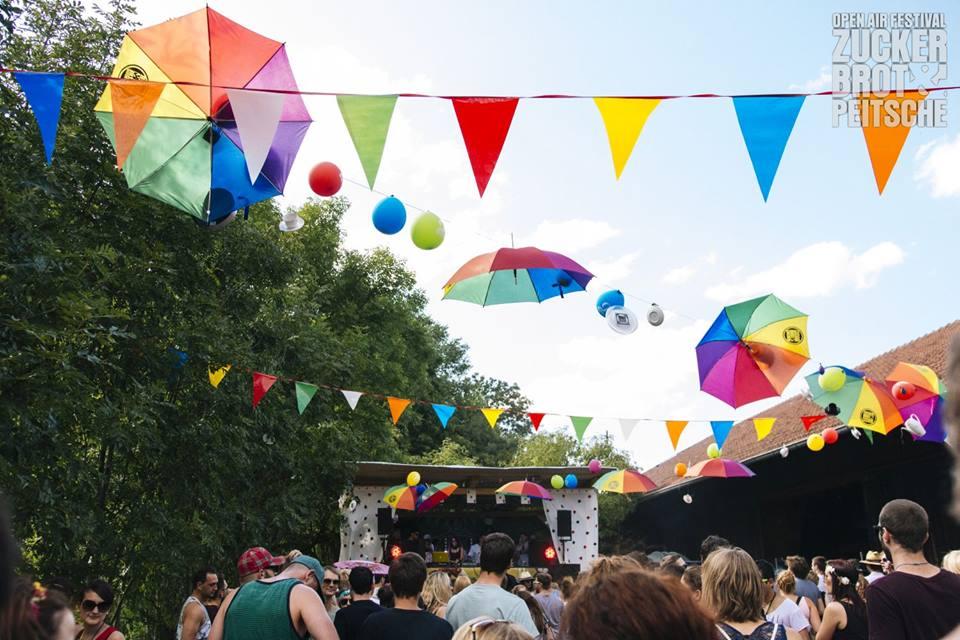 Zuckerbrot und Peitsche Festival 2016 – Party am Schloss
